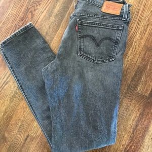 Levi's black wash denim skinny  jeans